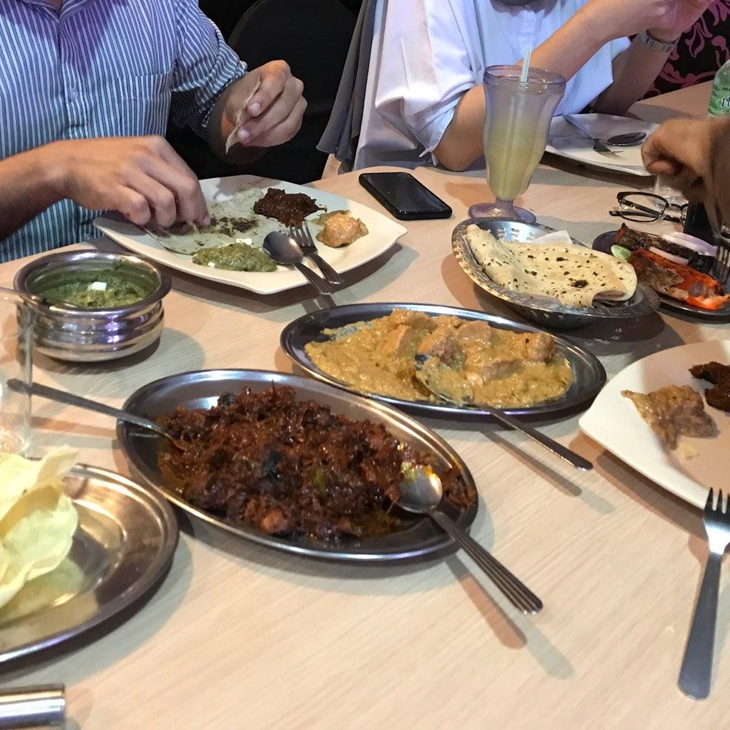 Kelab aman indian restaurant kuala lumpur reviews for Aman indian cuisine