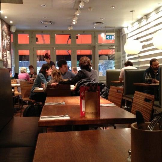 Giraffe restaurant london