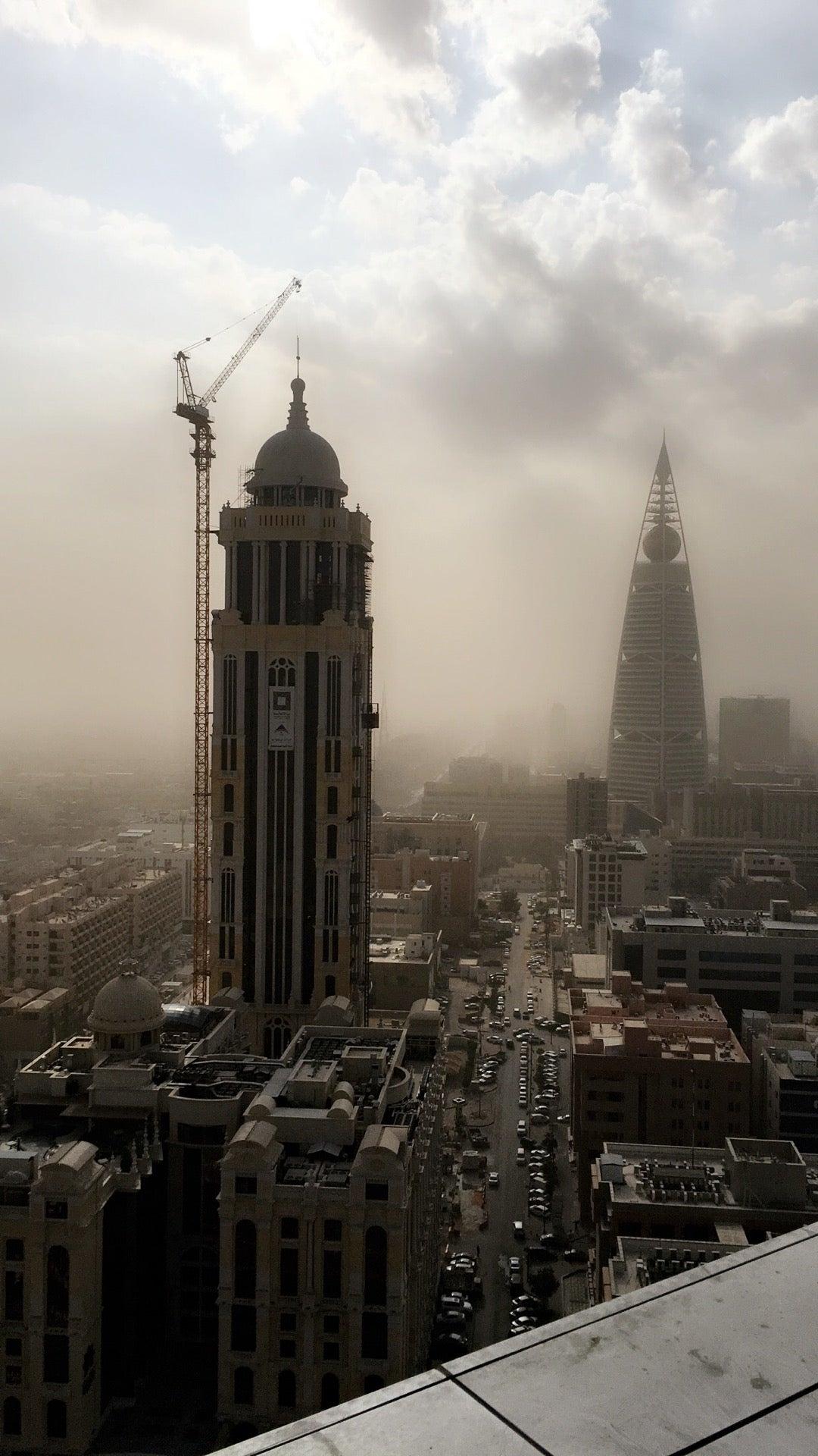 فَلَّة الرياض - بنك الرياض - ابراج العليا