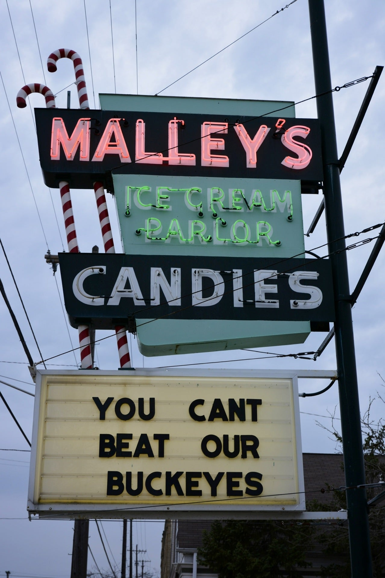 Malley's Chocolates at 14822 Madison Ave (at Victoria Ave ...