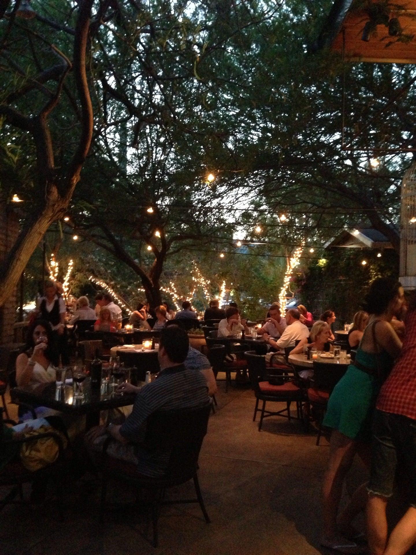 Chelsea\'s Kitchen at 5040 N 40th St (Camelback Rd) Phoenix, AZ