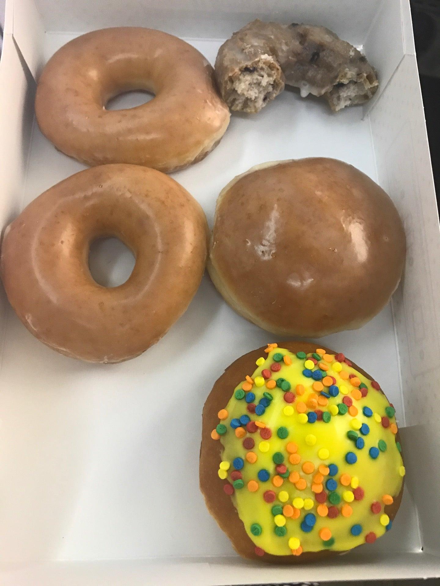 Krispy Kreme Doughnuts at Mohegan Sun (Near Wolfs Den) Uncasville ...