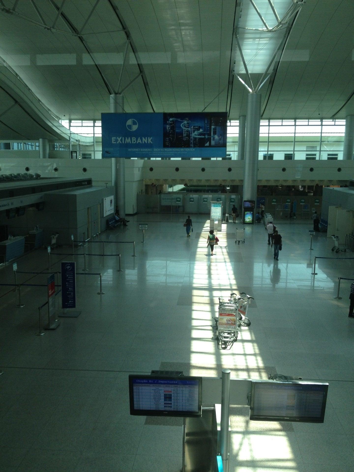 Hotels Near Tan Son Nhat International Airport