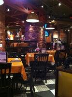 Uno Pizzeria & Grill - Boston