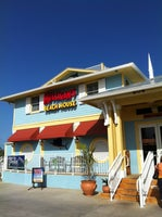 Mulligan's Beach House Bar & Grill