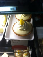 la Madeleine French Bakery & Café Champions