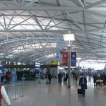 One of the best airport! has also some hidden gems u would expect in your usual aitport: a Casino, a golf course, an ice skating rik, private sleeping rooms, a museum of Korean culture, indoor gardens