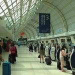 Bonito aeropuerto, organizado. Lo mejor de todo con wifi gratis !