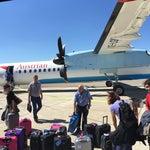 Такой маленький уютный аэропорт, куда Austrian airlines доставляет туристов из Вены на маленьком самолетике с пропеллерами... Меня давно так не укачивало