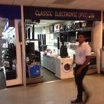 По прилету советую обратить внимание на новые модели стиральных машин, что продаются прямо в здании аэропорта.