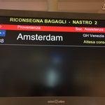 Marchi sveglia velocizza la consegna bagagli ! Almeno con la stessa velocità con cui Galan ti ha regalato l'aereo porto :):)