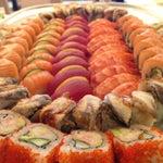"""В ресторане """"Yakuza"""" куча розеток :)) вкусно и быстро кормят!"""