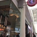 الذ مطعمين في المطار شيبوتلي وفايف قايز