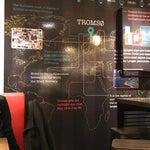 空港の壁にトロムソは豆知識ありますよ。
