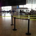 В аэропорту бесплатный кошерный Wi-Fi :-)))