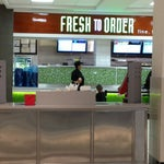 Fresh to Order in concourse B serves great oatmeal!