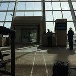 Yeni havalimanı çok güzel fakat sigara içilecek yer yapmayı ihmal etmişler ;(