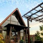 Tiba di Pontianak, wajib menginap di Gardenia Resort and Spa. Hanya 5 menit dari Bandara Supadio ke arah kota.