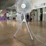 อาคาร 2 แอร์เสีย ไม่คิดซ่อม ก็อย่าคิดเก็บภาษีสนามบินเลยค่ะ มาจากข้างนอกร้อน ๆ เข้ามาข้างในร้อนกว่าเดิม
