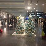 Очень хороший и интуитивно понятный аэропорт!!!