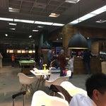 رستوران بسیار شیک و جدیدالتاسیس فرودگاه غافلگیر کننده بود