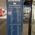 до Вашингтона: такси $95. Или автобус B30 (после выхода налево) за 6$ до метро Greenbelt и там до центра еще 5$. Общ. Транспортом ехать не меньше 1,5 часа