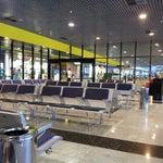 Aeroporto bonito, seguro,  e organizado, sem dúvida um dos melhores do país.