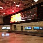 В аэропорту все быстро и красиво.