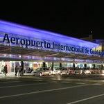 Te recomiendo traer tu pase de abordar impreso, te ahorrarás 15 min, de la que no te salvas es de la fila de 45 minutos para pasar el filtro; urge otra terminal para el aeropuerto de Guadalajara.
