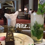 Foto Lobby Ritz-Carlton, Nama Teran