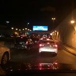نصيحة هامة: في مطار جدة لازم توصل المطار قبل الرحلة بساعتين وخصوصا اذا عندك سيارة ايجار. والاهم انهم يقفلون بوابة الرحلة بوقت ابكر من الموعد المحدد للرحلة بسبب الوقت المستغرق لنقل الركاب بالباص.