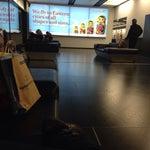 Вот бы в Мюнхене были бы такие кресла-кровати,на которых можно поваляться и передохнуть.вай фай фри,везде розетки,есть зоны для курящих,повсюду розетки,до центра города 16 минут и 19 евро!всем сюда;)