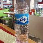 La botella de agua más cara de la historia: $30 pesos :'(