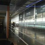 Самый плохой аэропорт с точки зрения логистики. Везде ужасные очереди. После таможни плохие кафе..Awful overcrowded airport. Turns are everywhere. Not enough cafe after customs.