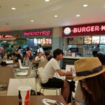 공항에서 밥 먹을땐 면세점 안에 푸드코트가 선택의 폭이 넓어요^^