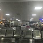 Es pequeño y funcional. Me sentí en el aeropuerto de Cancún. 😜🇮🇹