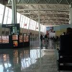 Me gusto esta parte del Aeropuerto. Salidas internacionales. Las salas muy amplias y varios lugares para comer.