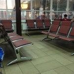 Ммммда... Я думала минводский аэропорт не Фонтан.... Здание  краснодарского похоже на пригородный вокзал!!! Зато персонал порадовал, все улыбаются, регистрацию и паспортный прошли за 3 минуты!!!!