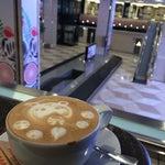 Удобное кафе для встречающих!
