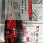 Para quem está em conexão no aeroporto do méxico vale a pena pegar um ônibus MB (o guichê de vendas é fácil de achar) e fazer um tour pelo centro histórico da Cidade do México por 30 pesos o trecho.