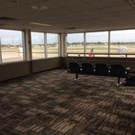 Check out the observation deck for a quiet view of take-offs and landings. Located just inside the entrance to concourse D.