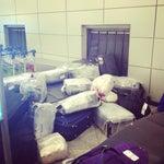 То, как выкладывают багаж -- верх возмущения!!