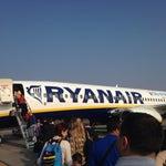 ...aereoporto in pieno rinnovamento è la vera casa italiana della Ryanair ma si attendono tempi migliori!