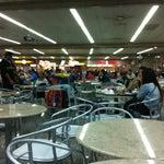 A Praça de Alimentação é melhor do que Guarulhos, mais animada e os produtos são mais baratos.