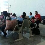 La seguridad es lenta en la revisión, el aeropuerto es muy pequeño,  no hay gente proporcionando informacion. Y mucho paisa