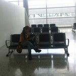 a la entrada de este aeropuerto se encuentra la mejor vista de  Bucaramanga..
