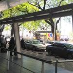 """No caigas en la mafia de los taxis cuando llegues a Buenos Aires. Andá a la parada del bondi y tomate uno ahí que son los que pasan normalmente. También en la salida de la dársena son los """"normales"""""""