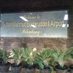 Bandara yang bersih, teratur dan tertib. Like it yo!!