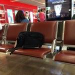 Terminal sur de un aeropuerto funcional y de fácil movimiento.
