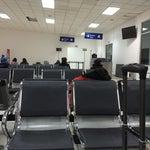 Ojo aeropuerto no está abierto las 24horas como en Lima.